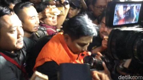 KPK Tahan Anggota DPR Bowo Sidik Tersangka Suap