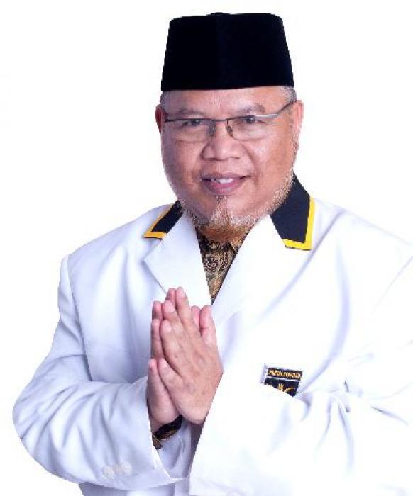 DR. K.H. SURAHMAN HIDAYAT