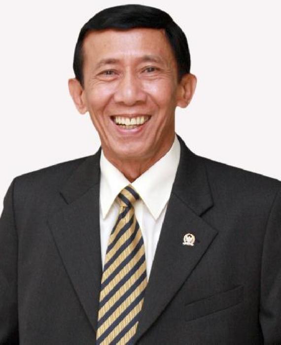 Drs.H. GUNTUR SASONO