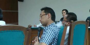 Yudi Setiawan Serahkan Rp 450 Juta untuk Hidayat Nur Wahid